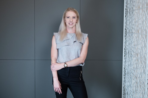 Leonie Byers, Associate, Corporate