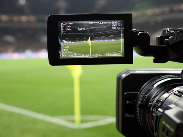 Assessing the significance of Amazon's entry into the Premier League broadcasting market