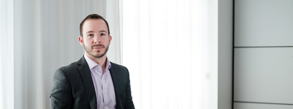 Stuart Adams ranked within top 35 under 35 private client advisors